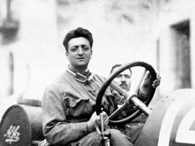 为了谋生,为了自己的赛车梦想,他创立了法拉利